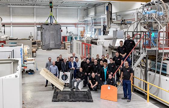 Het team van HSV-TMP ontwikkelt en produceert duurzame kunststof producten op maat