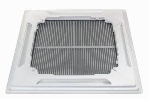 HSV TMP ontwikkelt en produceert spuitgietdelen voor de klimaattechniek, hier ziet u een filter en EPS opvuldelen